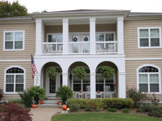 Inn Like a Lamb 740 North Shore Drive - South Haven vacation rentals