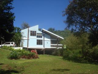 Lake House Retreat in the Mountains - Utuado vacation rentals