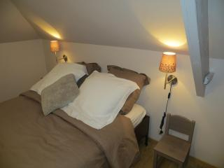 """Nid Cosy"" is a ""city cottage"" in the center of Tournai - Tournai vacation rentals"