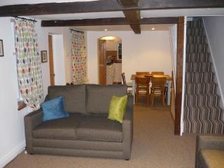 Carpenters Row - Holiday Cottage Ironbridge Gorge - Ironbridge vacation rentals