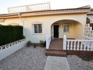 Gorgeous Bungalow in Dona Pepa - Quesada vacation rentals