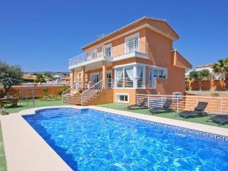 VILLA SEGOVIA: private pool, 10 min walk to beach - Calpe vacation rentals