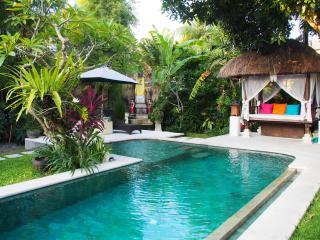 Villa Poppy - 3 Bedroom Pool Villa in Seminyak - Seminyak vacation rentals