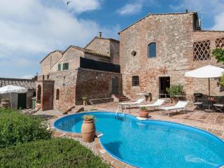 Villa La Capanna - San Giovanni d'Asso vacation rentals