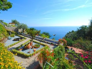 6 bedroom Villa with Internet Access in Vettica di Amalfi - Vettica di Amalfi vacation rentals