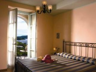 Villa L'Antica Colonia on Lake Orta: suite for 4 p - Crabbia vacation rentals