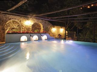 Charming Villa with Internet Access and A/C - Vettica di Amalfi vacation rentals