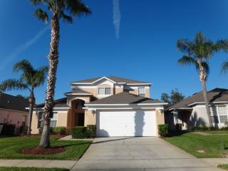 Disney Paradise, Charming Getaway with a Pool and Grill - Kissimmee vacation rentals