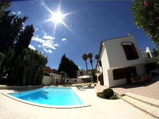 VILLA HOP: luxury villa with private pool at 50 m - Brucoli vacation rentals