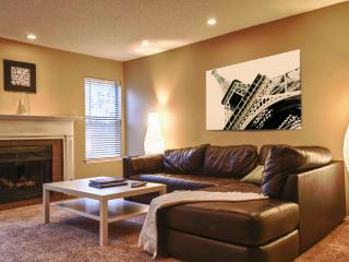 Atlanta Stunning New 2BD 2 BA NEW - Dunwoody vacation rentals