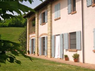 Cascina Rosignana in Monferrato - Ponzano Monferrato vacation rentals