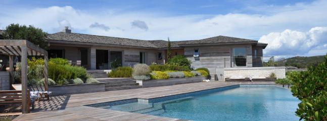 Superb villa in Bonifacio, Corsica 15 p. - Bonifacio vacation rentals