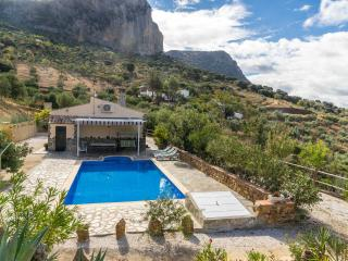 The Hideout in Andalusia - El Gastor vacation rentals