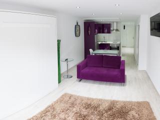 Front line Studio apartment on Villamar, Adeje - San Eugenio vacation rentals