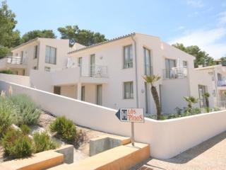 CS05 CHALET Nº5 - Cala San Vincente vacation rentals