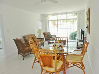 "Paradise at your Fingertips ""Exuma Apartment"" - Nassau vacation rentals"