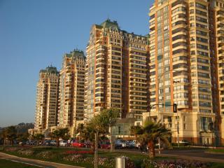 Spacious beachfront apartment - Best location in Viña del Mar - Vina del Mar vacation rentals