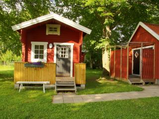 Bright 9 bedroom Borgholm B&B with Internet Access - Borgholm vacation rentals