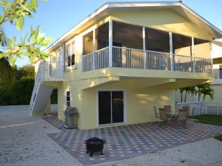 Bayside home with dock! - Key Largo vacation rentals
