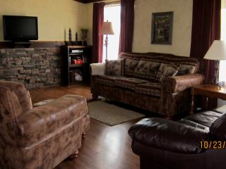 2 bedroom Cabin with Deck in Victor - Victor vacation rentals