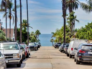 Cozy and charming cottage with private patio and just steps from the beach - La Jolla vacation rentals