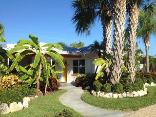 Orange Blossom Cottage-2 Pools-Clwtr Beach - Clearwater vacation rentals