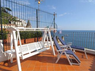 La Piazza with terrace and sea view - Amalfi vacation rentals