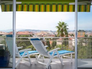 Spacious 2 bedooms with terrace 304 - Cannes vacation rentals