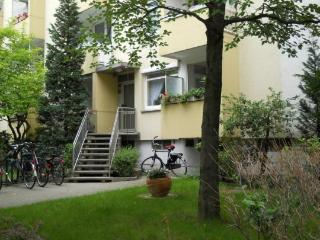 Vacation Apartment in Braunschweig - 581 sqft, heating, TV, radio (# 1624) - Isenbuettel vacation rentals