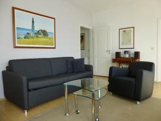Vacation Apartment in Tübingen - 700 sqft, quiet, comfortable, WiFi (# 2550) - Tübingen vacation rentals
