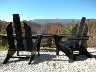 Awe Inspiring Mountain Views - Vista Point Cabin - Bryson City vacation rentals