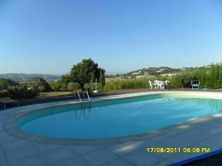 Nice 2 bedroom Serrungarina House with Television - Serrungarina vacation rentals