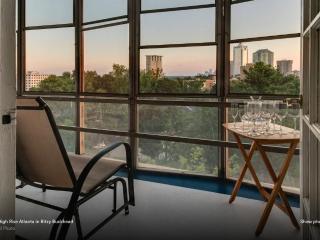 Modern Buckhead High Rise Condo - Atlanta Metro Area vacation rentals