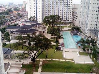 SM Grass Residence  2BR Fully Furnish Condo @ QC!! - Quezon City vacation rentals