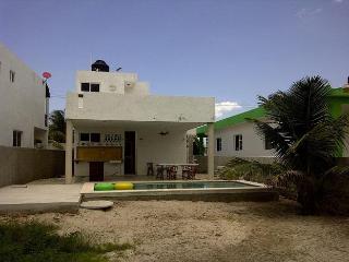 Casa Mp. Preciosa Casa En Chicxulub Con Piscina - Chicxulub vacation rentals