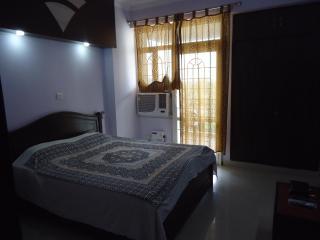 Parker no.4062 Bed & Breakfast - Haryana vacation rentals