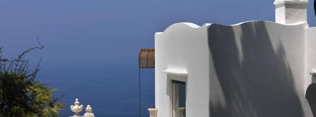 Bright beautiful villa, with sea view, Capri, 10p - Capri vacation rentals