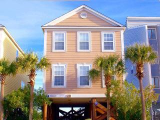 Bright 5 bedroom House in Surfside Beach with Shared Outdoor Pool - Surfside Beach vacation rentals