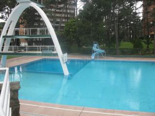 Garden apartment + swimming pool/tennis courts - near the beach. - Punta del Este vacation rentals