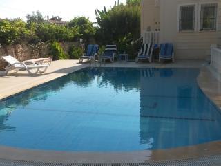 2 BEDROOM LUXURY  APARTMENT NEAR  OLUDENIZ BEACH - Hisaronu vacation rentals