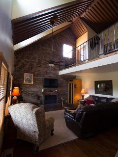 NEW - Beautiful Cabin, Great View, Family Friendly - Moab vacation rentals