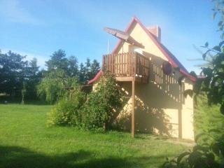 Romantic 1 bedroom Guest house in Bruessow - Bruessow vacation rentals