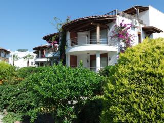 Perfect 3 bedroom Condo in Turgutreis - Turgutreis vacation rentals