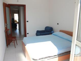 Bright 2 bedroom Condo in Ardore Marina with A/C - Ardore Marina vacation rentals