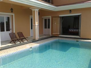Sea Breeze Villas Paschim - 5 BR luxurious villa with private pool in Anjuna Goa - Anjuna vacation rentals