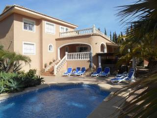 Casa Sunbright in Calpe with pool, air con, wi-fi - Calpe vacation rentals