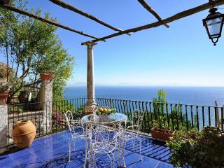 Villa Paradiso with terrace overlloking the sea - Conca dei Marini vacation rentals