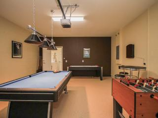5 Bed/5 Bath House with Pool and Spa 4064OD - Loughman vacation rentals