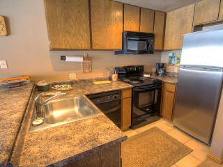 SPECIAL PRICING! Newly remodeled studio condo at the base of Giant Steps Lifts @ BrianWood BW17- Walk to Lifts! Mountain bike or - Orangeville vacation rentals