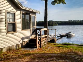 Sebago Lake - 3 Bedroom / 1 Bath Shore/Dock - Windham vacation rentals